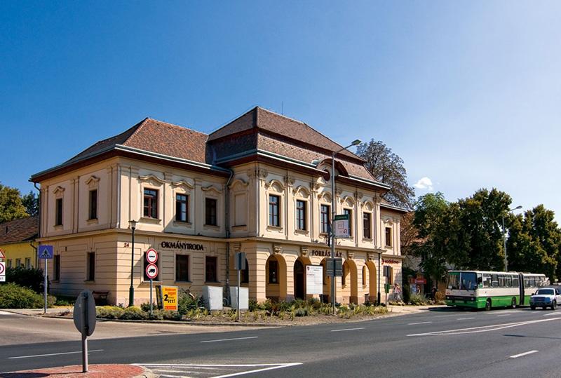 Tata Város Polgármesteri Hivatal